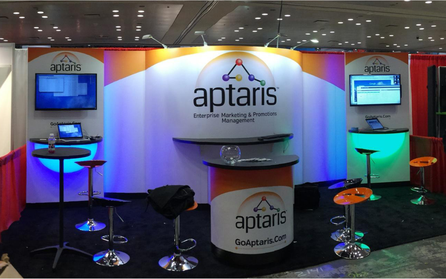 <p>Tradeshow booth 10'x20' design and implementation</p>